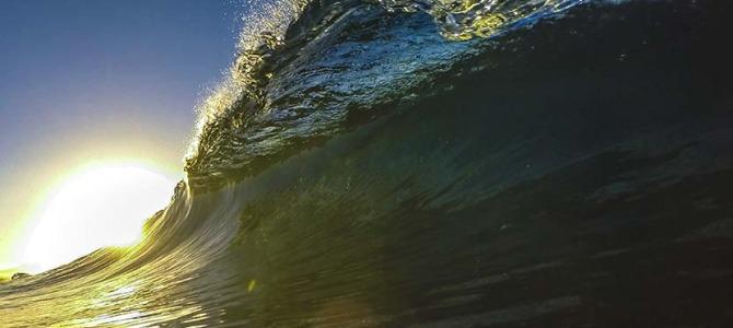 「よく生きる」_永遠不変のチューブライディングの世界_海に泳ぎ出そう!_(1188文字)