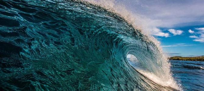 【ドラグラプロダクションズ製作、片岡鯖男】3.8フィートの週末2『ハワイ・パイプライン・マスターズ編』サーフィンとは?_ (2238文字)