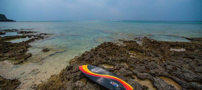 ジョン万次郎Xラリー・バートル万次郎_Cailana Beach House, Capful&Happy Stand up@沖縄うるま_ウナクネレッドラインとキャッチサーフ5'0″の動画_(2628文字)