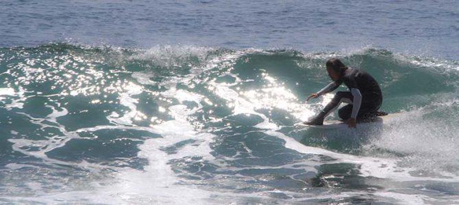SURFERS岬の挨拶_湘南でみんなと_千葉で石井博士とウエットスーツ論議_(1386文字)