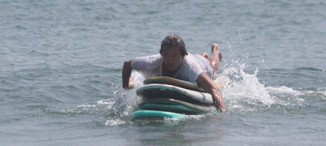 サーフィン・ウナクネ段位審査会_ハダシでビーチボーイズ化_日本外国特派員協会で聖地アトスを感じた_(2213文字)