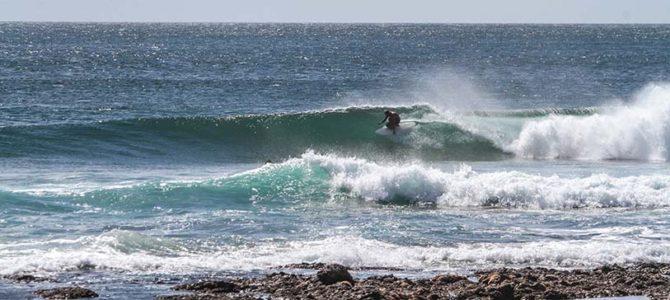 コスタリカで「怖いがうれしい」スリルを味わう_各人が波に乗る意味_コスタ=海+リカ=豊か_(1322文字)