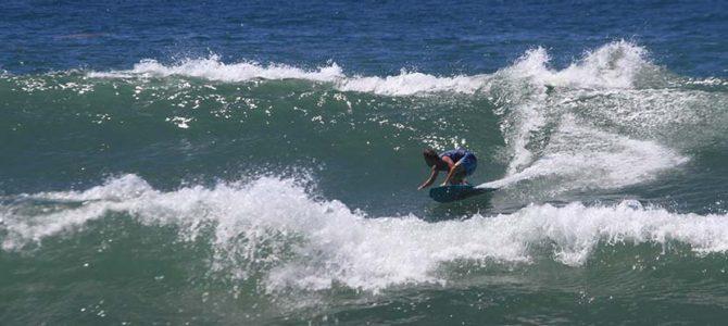 【サーフィン研究所&ドラゴン・グライド・プロダクションズ】土用丑の日に贈る真のサーフィン同士たち_(1584文字)