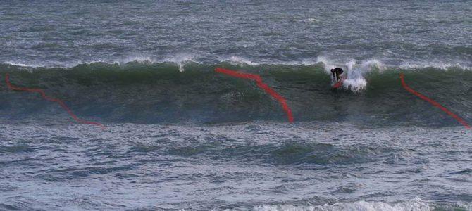 【サーフィン研究所:テクニック編】荒れた波でのテイクオフ位置の求め方_室戸初の蔵ラウンジ!!_(1179文字)