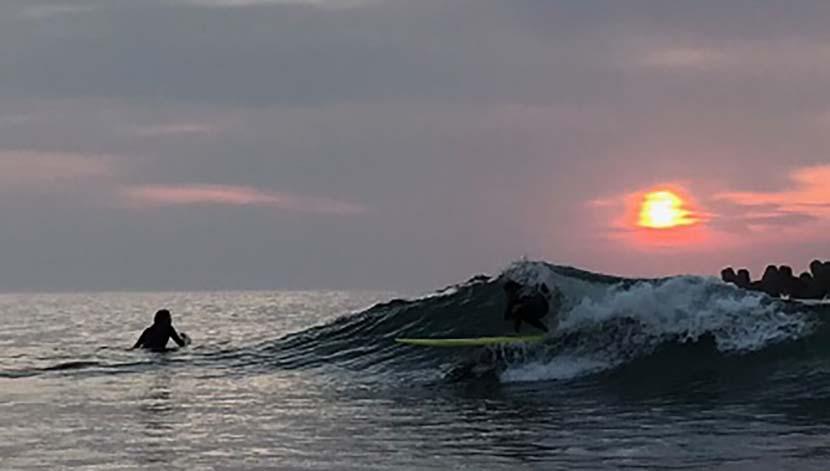 【サーフィン研究所】マンダラ・コーヒー&ナッキーのステイ・パーフェクト@タキビ神_しょう寅さんのツインピン_(1269文字)