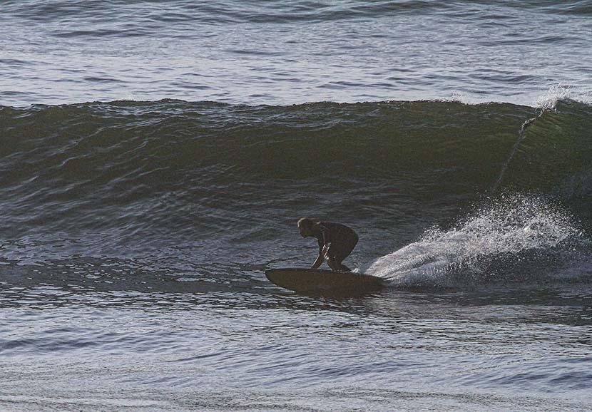 【サーフィン研究所】ミッドレングスで踏みこむこと_ドラグラ摂政によるコラム_(1963文字)