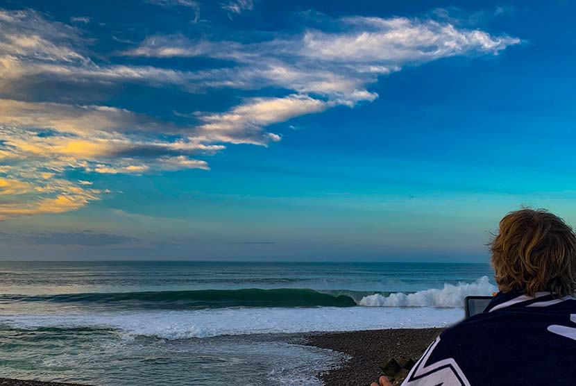 【サーフィン研究所:みんなでサーフィンを変えよう】ローカル・オンリーについて_(2628文字)