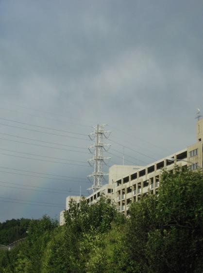 今週末のショールームでは_関東圏で見る久々の虹