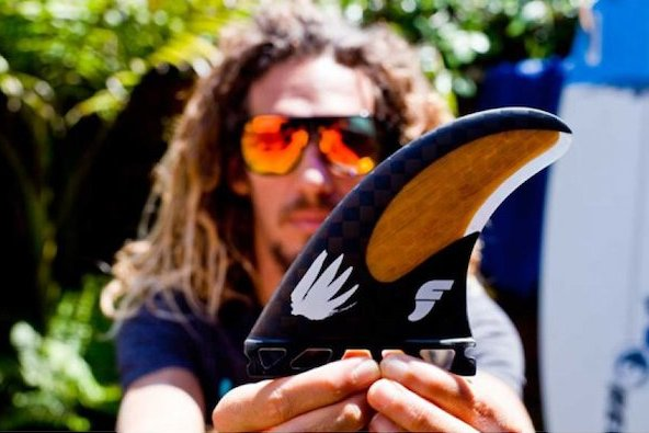 Future-Fins-Rob-Machado-HC-Thruster-Carbon-Bamboo_b2