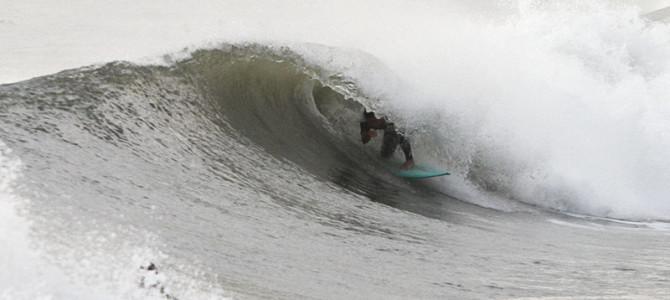 【スタッフインプレッション】CANVAS POINT5  5'7.5″ x 19-1/8″ x 2-3/8″ Quad-fin_『ポイント5』クアッドフィンでより速く、よりスムーズに波に挑もう!