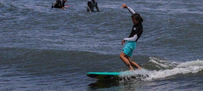 【NAKISURFウィークリーニュース】夏の海を楽しみながらサーフィンレベルも上がっちゃう新体験のバランス&体幹トレーニング方法とは?