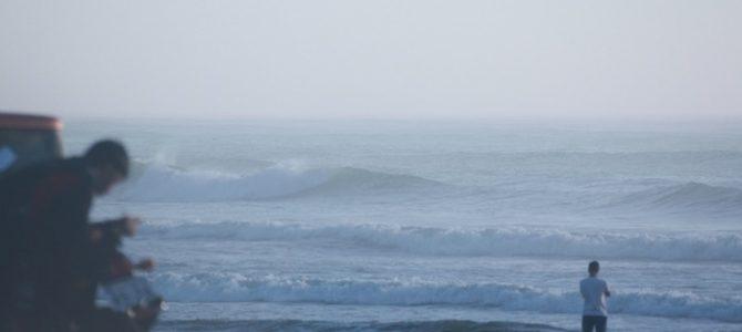 8月26日_波情報_サイズアップ!今朝はかなり良い波〜♪_バリー・マッギー残りわずか!