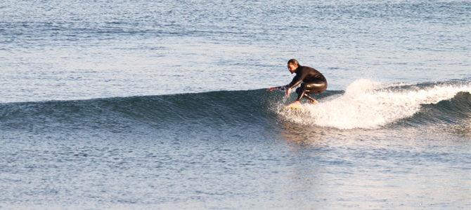 """【水曜日のオシイタ】""""賢いボード選び""""でいつも楽しい波乗りライフ!究極の小波用ボード「Mini Noserider 6'12″」"""
