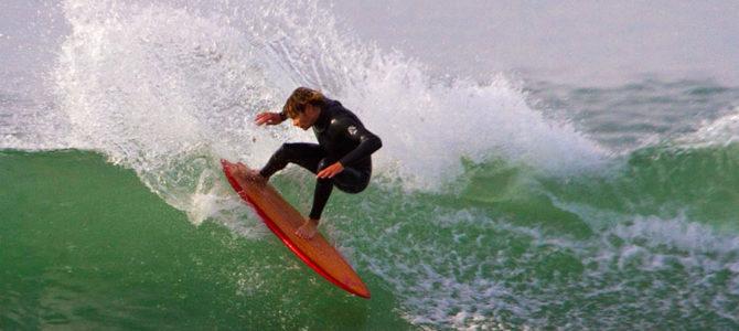 【水曜日のオシイタ】ルースこそファン!日本の波にマッチしたスワローテイルボード4本をご紹介!