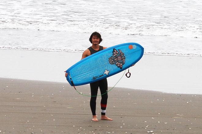 Surf Prescriptions『ミニシモンズ・サング』5'2″ x 20-5/8 x 2-3/8_古きを温めて新しきを知るレトロ流ハイエンドサーフィン(by スタッフ)
